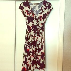 Dresses & Skirts - Floral jersey dress